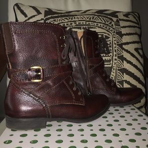 Brick Grained Leather Boots